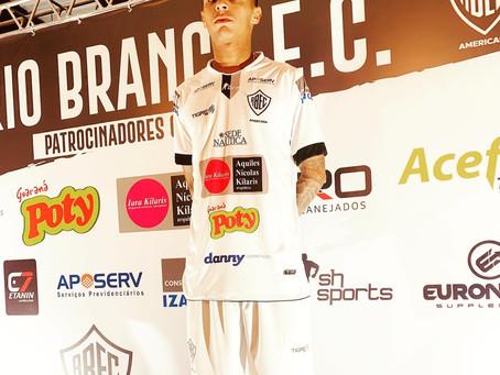 Rio Branco acerta retorno do atacante Thiaguinho