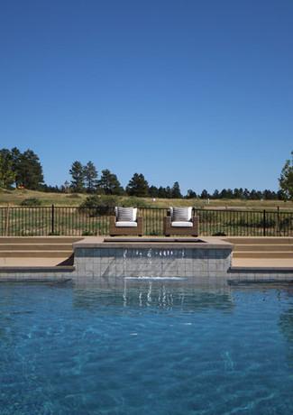 007-pool-with-spa-waterfall.jpg