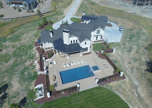 007-luxury-swimming-pool-aerial.jpg