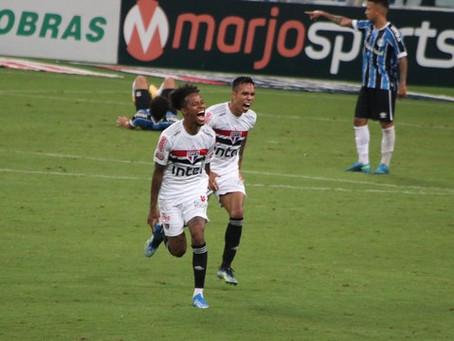 São Paulo vira sobre o Grêmio e vence a primeira em 2021