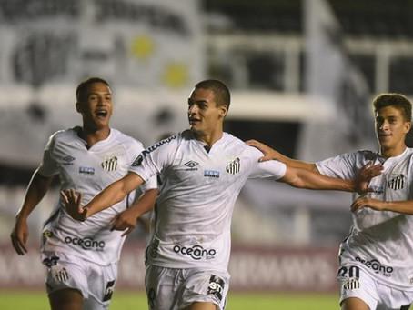 Meninos da Vila garantem vitória do Santos na pré-Libertadores
