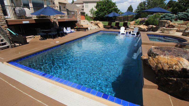 010-quality-swimming-pool.jpg