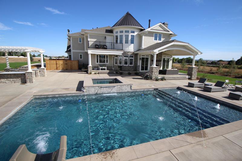 018-pool-water-features.jpg