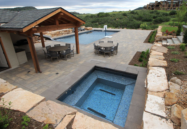 017-swimming-pool-builder.jpg
