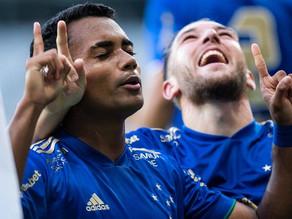No clássico centenário, Cruzeiro vence o Atlético-MG no Mineirão