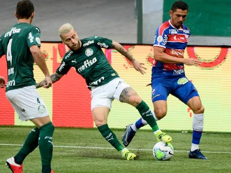 Após fracasso no Mundial, Palmeiras vence o Fortaleza