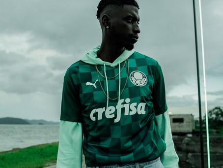 Palmeiras lança novo uniforme, que deve ser usado na final da Copa do Brasil