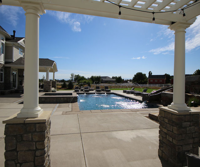 018-pool-shade-trellis.jpg