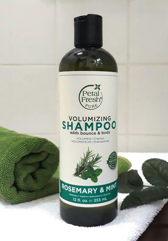 e-Caroline.com | Petal Fresh Pure Rosemary & Mint Volumising Shampoo (PETA-Certified)