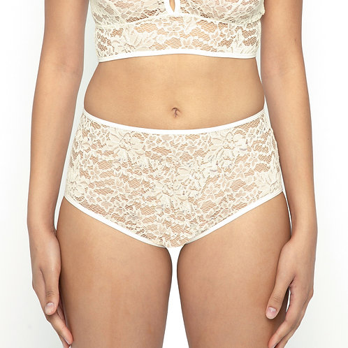 Lace brief in Ivory