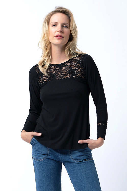 Lace top T in Black