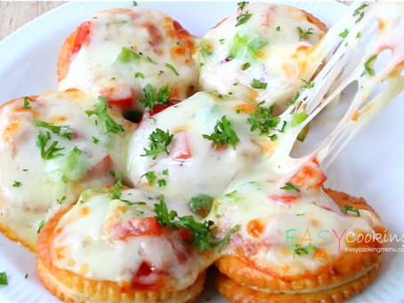 DIY Snacks | Mini Pizza Biscuits
