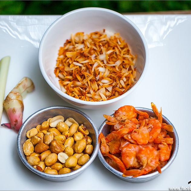 Miang Kum Royal Leaf Wrap Appetizer