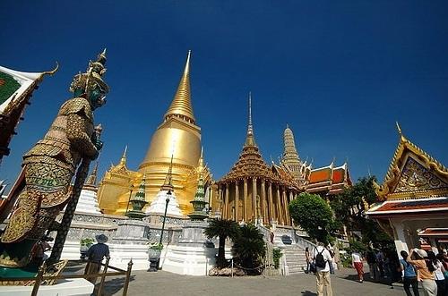 Grand Palace inside
