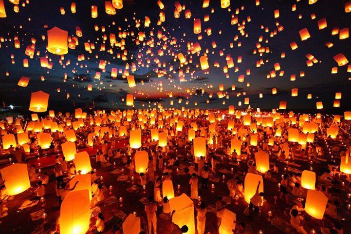Loy Krathong in Thailand