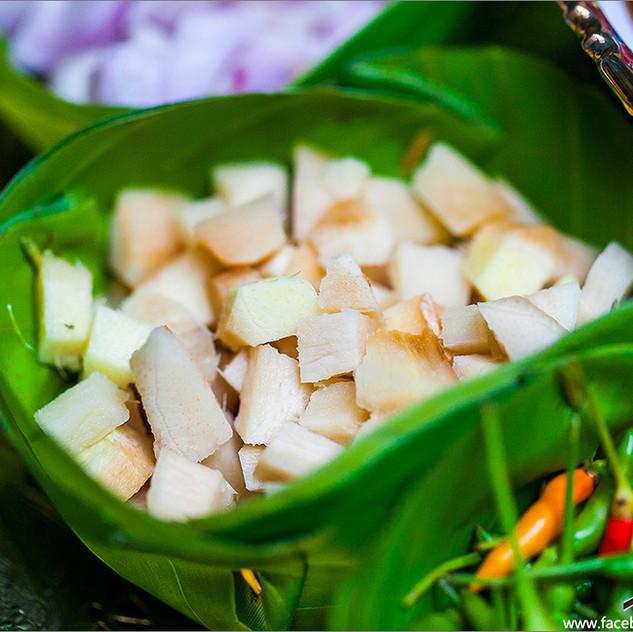 Miang Kam Royal Leaf Wrap Appetizer