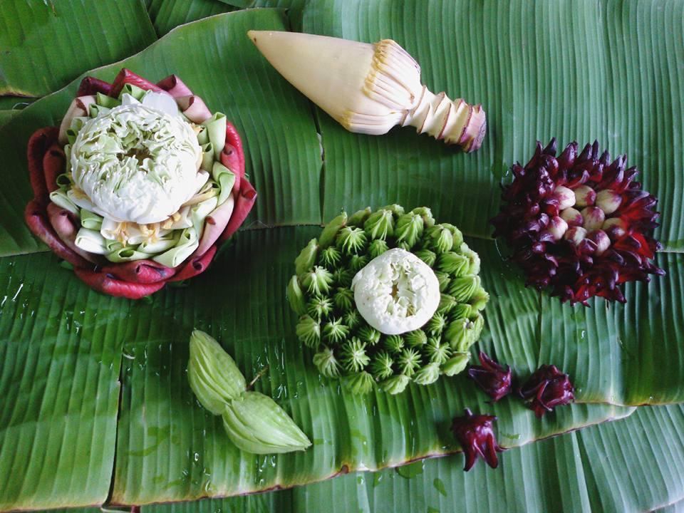 Krathong decorated basket