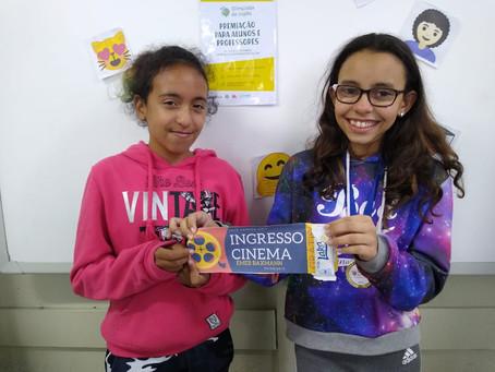 Impacto do fim da Olimpíada de Inglês nas escolas: premiações internas