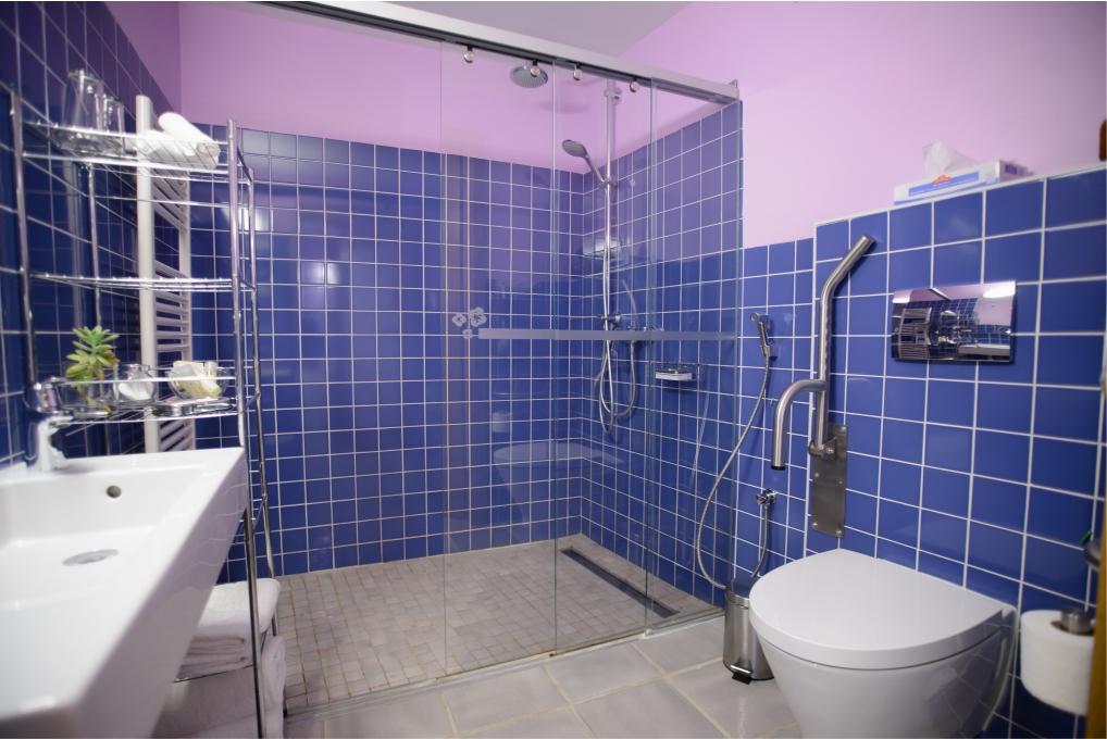 WC - Quarto Fado