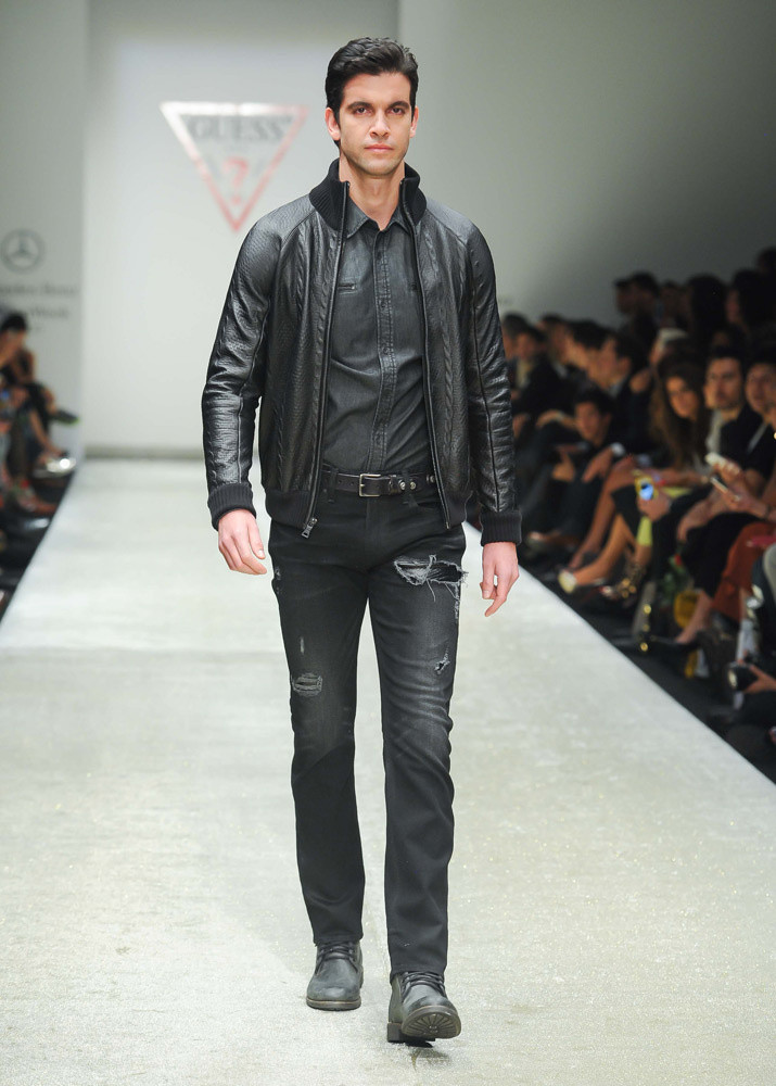 mercedes_benz_fashion_week_mexico_otono_invierno_2015_811099590_715x1000.jpg