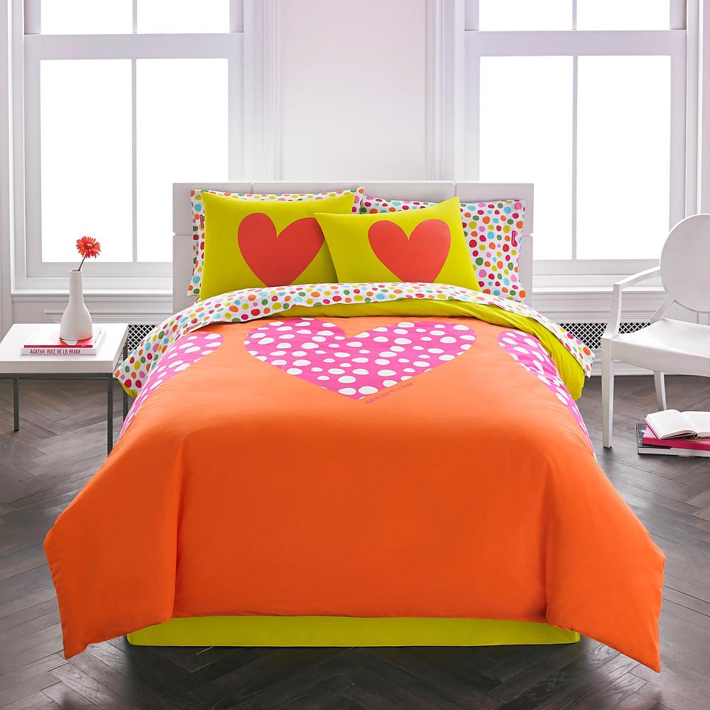 RVM_KAL_Agatha_OrangeHearts.jpg