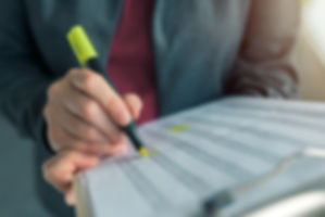 businesswoman-highlight-business-report-