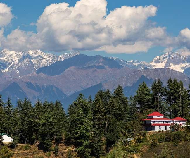 भारत का सबसे पुराना स्कीइंग डेस्टिनेशन है 'नारकंडा', जहां बिखरी है बेमिसाल खूबसूरती