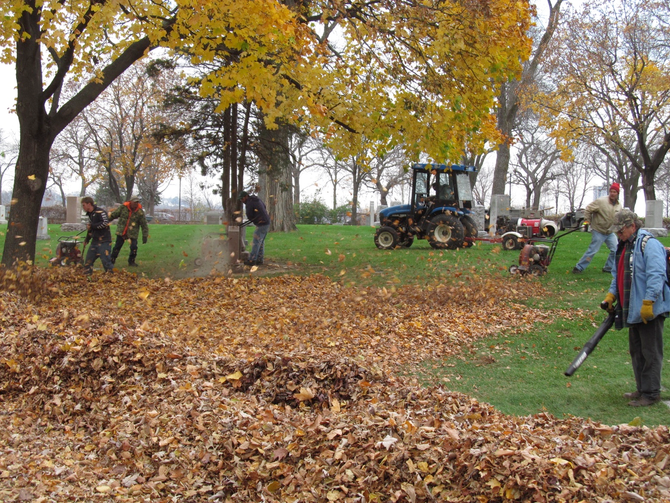 Ask Our Gardener: How Does Lakewood Prepare for Winter?