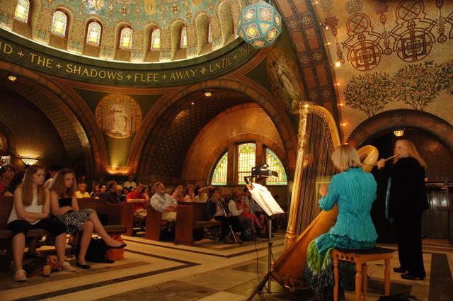 Music in the Chapel: Harpist Cathy Victorsen and Flutist Jane Strauman
