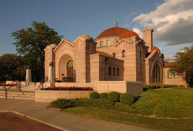 Star Tribune: Lakewood Cemetery to lure the living with new concert series