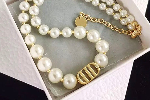 CD Pearl Necklace