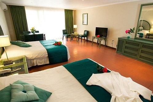 Jr. Suite Laguna View/Shore Diver/Your Own room