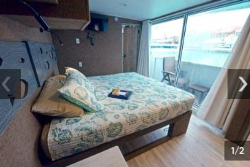 Balcony Suite Stateroom/Diver/Share a Room