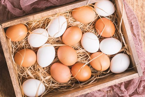 Local Organic Eggs (1 dozen)