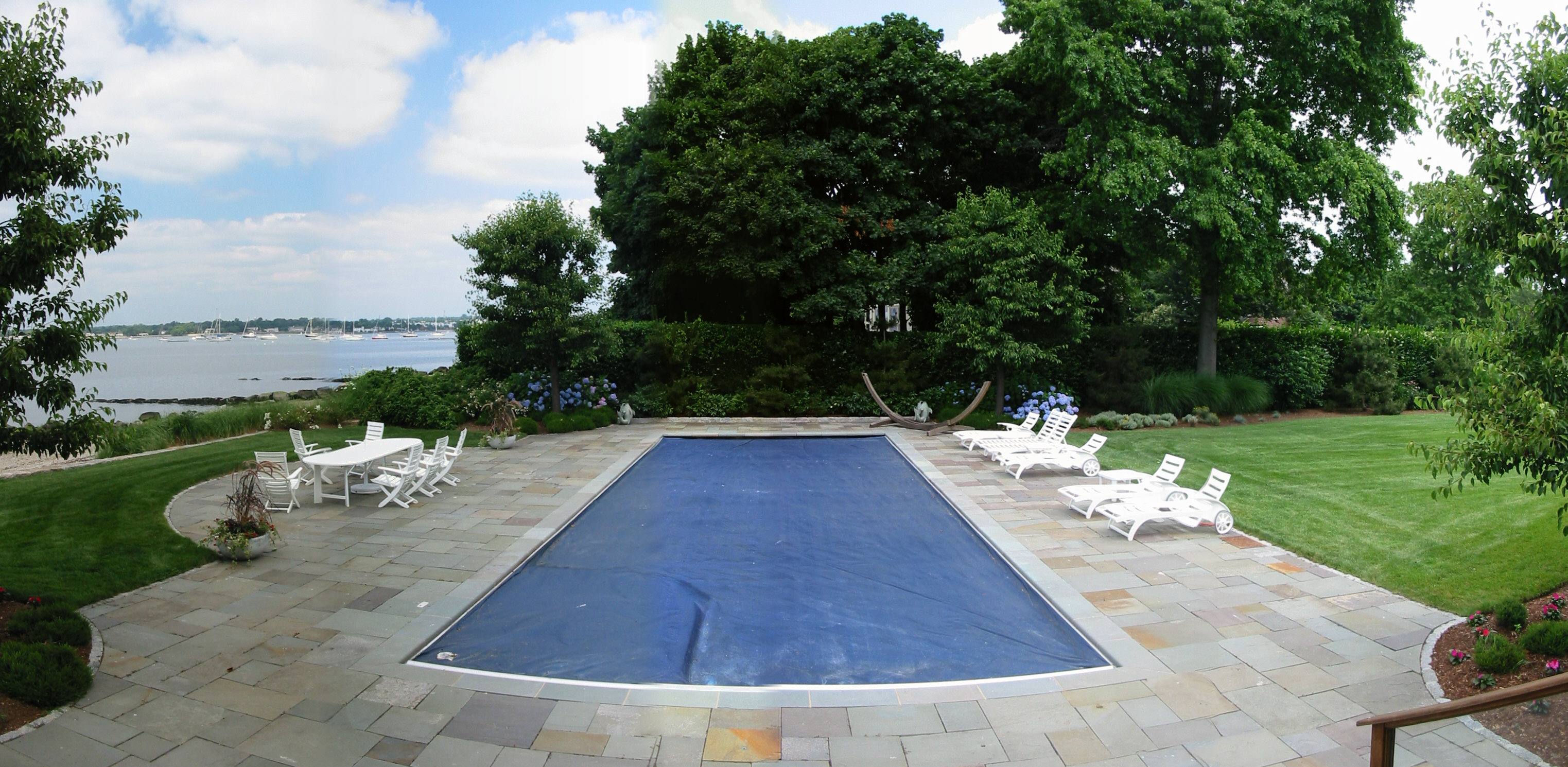 Rectangular Pool with Autocover