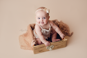 Baby pictures, infant photos, baby photography, chubby babies, vintage drawer, vintage lace