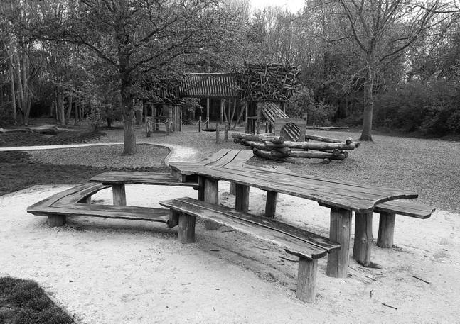 Empty pLayground: Images 6 of 6.
