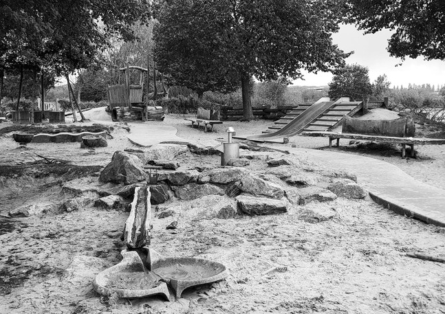 Empty playground: 1 of 6