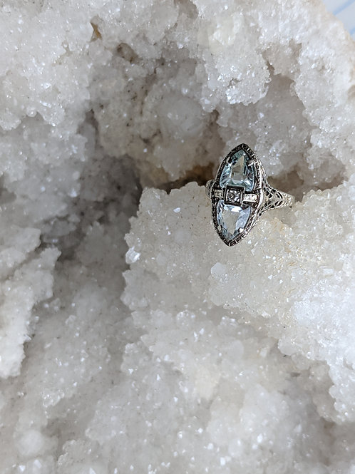 Vintage Art Deco Aquamarine Ring