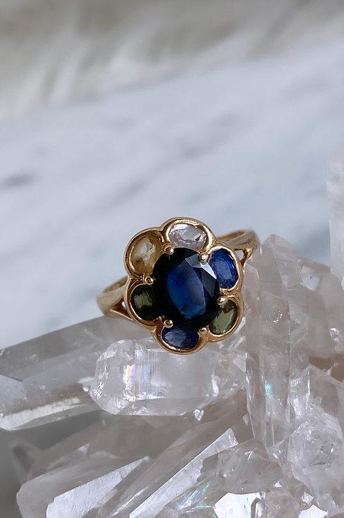 Vintage 14k gold Sapphire Flower Ring