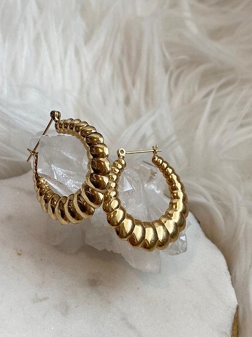 Vintage Scallop Hoop Earrings