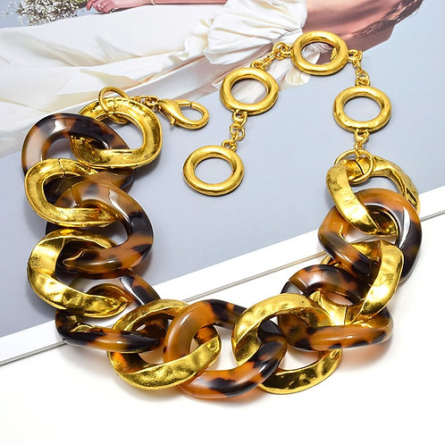New Arrival Statement Gold Metal Acrylic Necklace High Quality Fashion