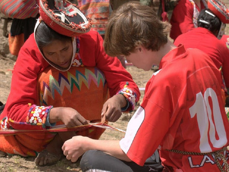 Volunteer on a Family Trip to Peru in Support of Female Artisans