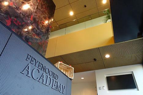 Feyenoord academy - hoofdingang plafond.