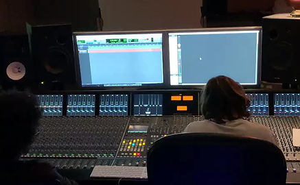 Recording at Ruebush Studios for an upcomming project with Engineer kaela Dunlap.