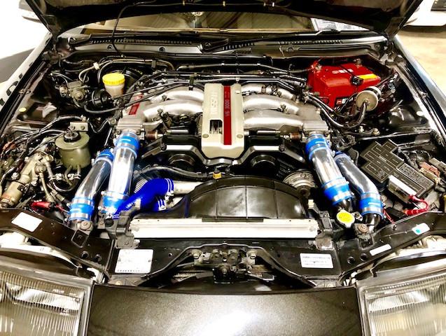 300ZX engine room