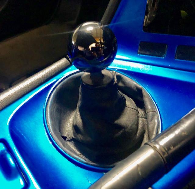Supra shift knob