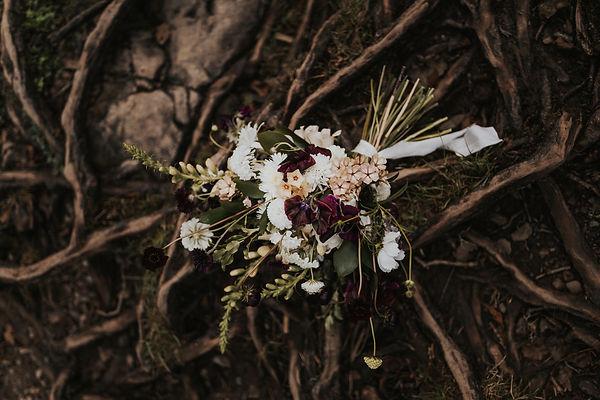 fleur de t bridal bouquet elopement.jpg