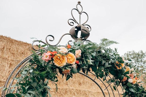 wedding ceremony flowers, bespoke wedding flowers