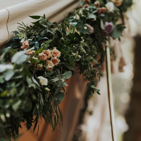 fleur de t floral garland